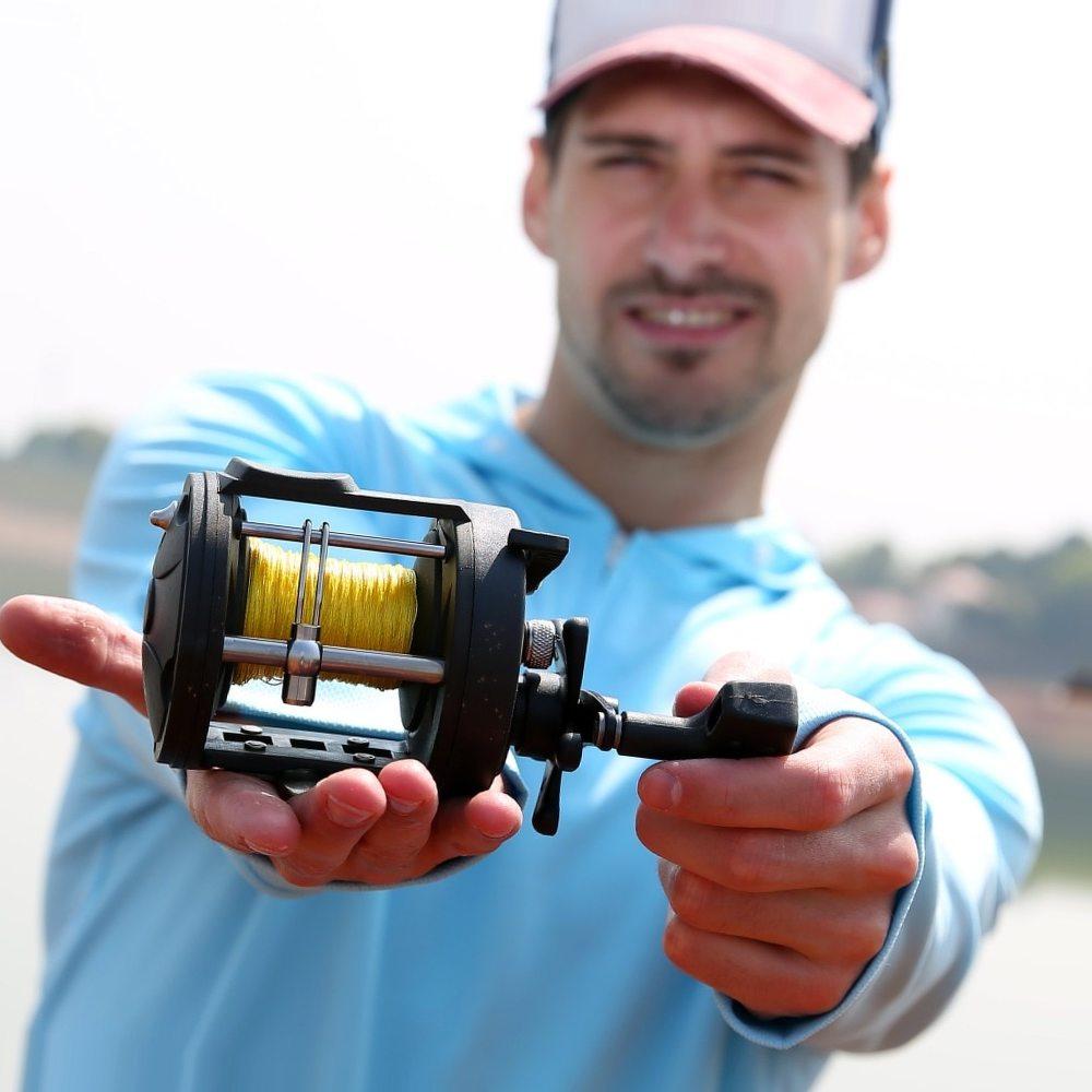 Sougayilang Drum Fishing Reels 3.8:1 Count Wheel Right Hand Wheel Saltwater Reels Baitcasting Trolling Reel Coil Fishing Tackle