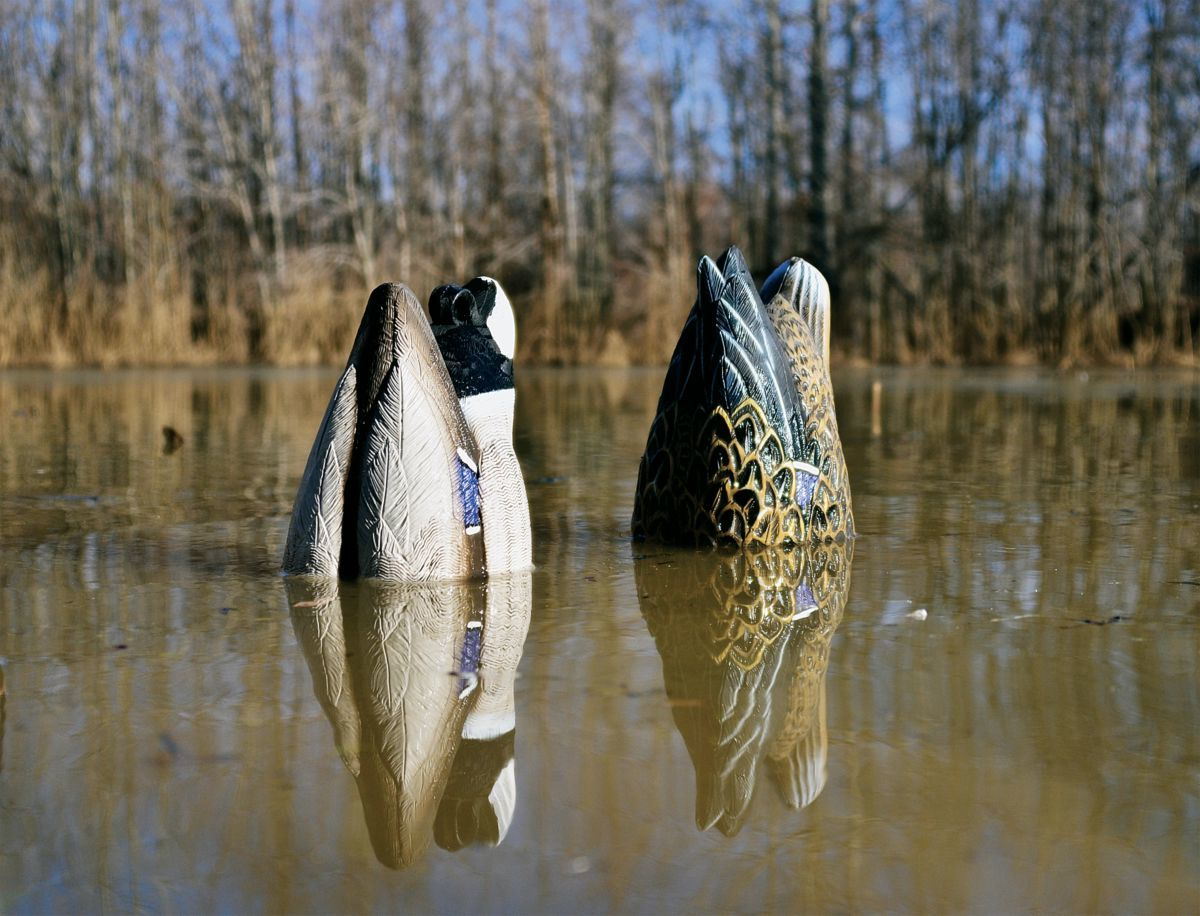 Higdon Outdoors Decoys Foam-Filled Hen and Drake Mallard Butt – Two-Pack