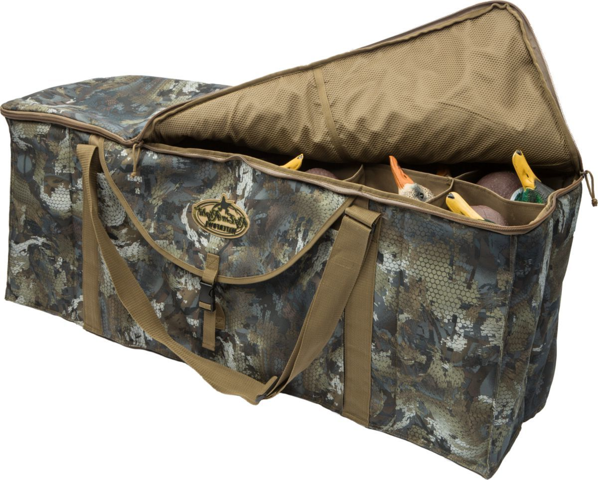 Rig'Em Right™ 12-Slot Deluxe Duck-Decoy Bag