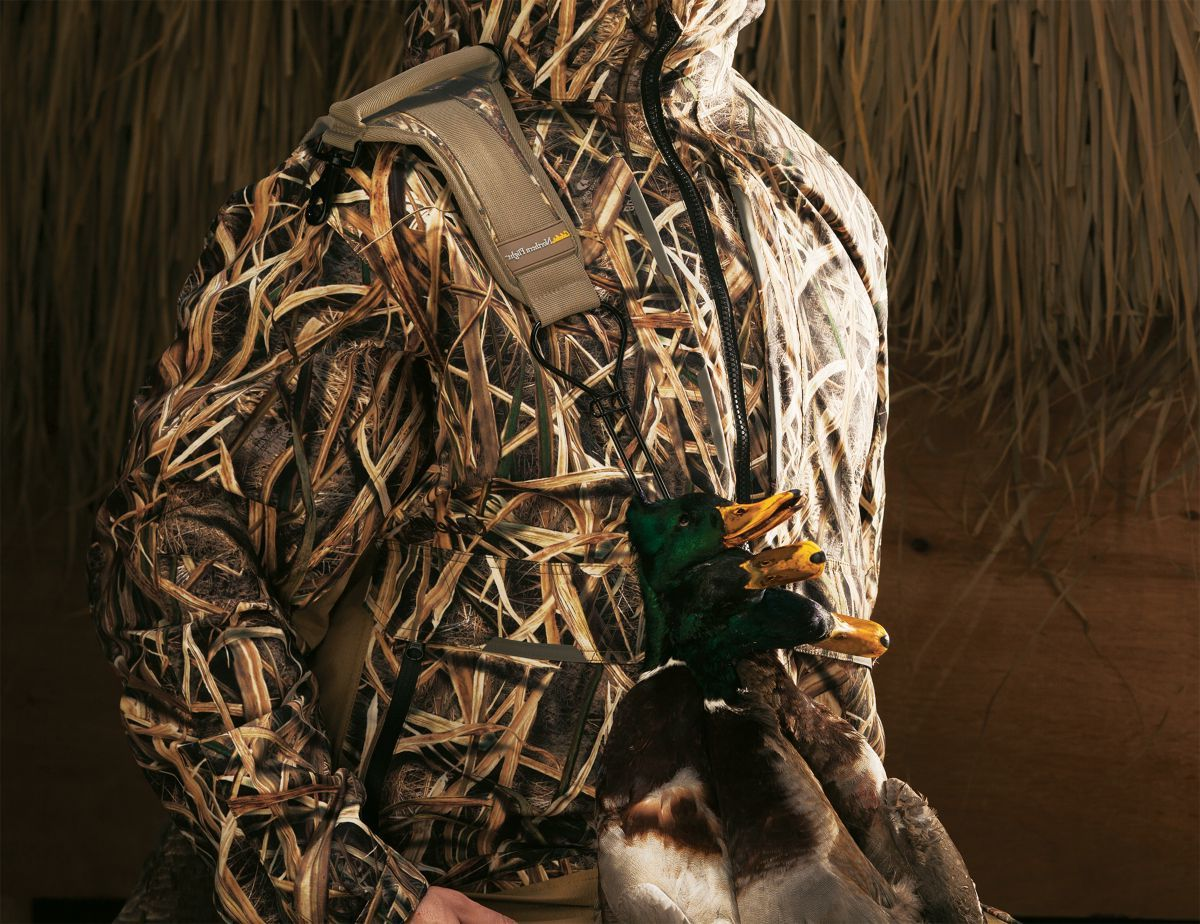 Cabela's Northern Flight® Keyhole Bird Carrier