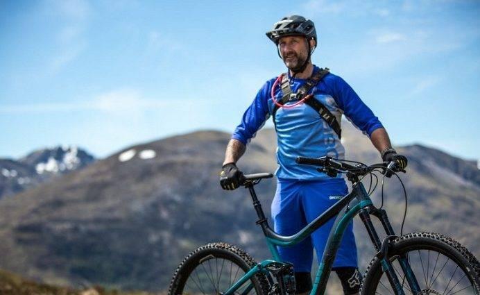 Top 10 bike apparel for men — OutdoorMiks